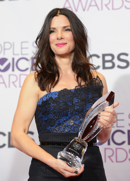 Sandra+Bullock+39th+Annual+People+Choice+Awards+iObNwwmbG1fl