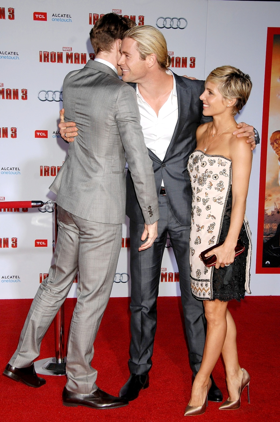 Chris Hemsworth Attends 'IRON MAN 3' Premiere | Camara Oscura