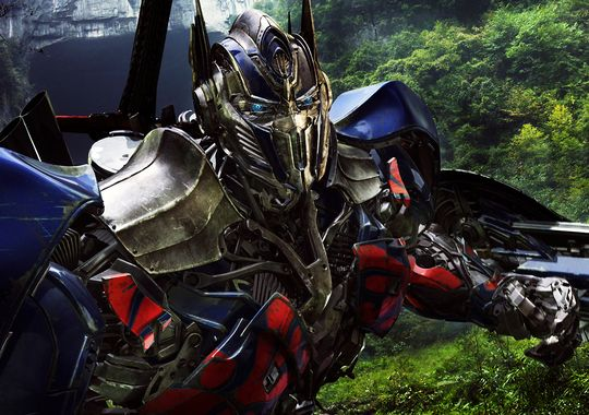 Next TRANSFORMERS Movie Coming in 2017?   Camara Oscura