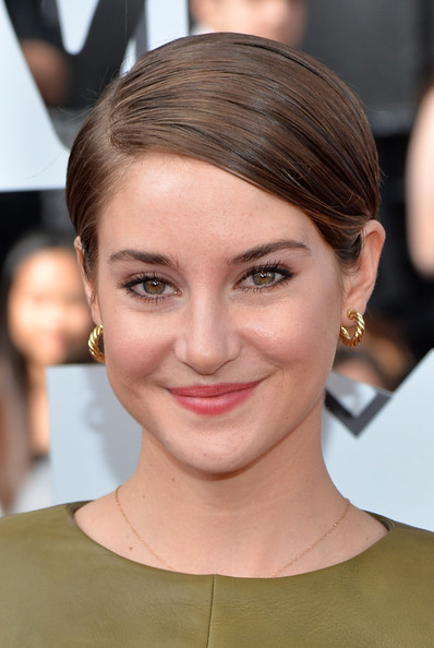 Shailene+Woodley+2014+MTV+Movie+Awards+Arrivals+OlTB0TnhRmsl